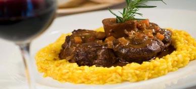 Ossobuco a la milanesa es típica de la cocina italiana